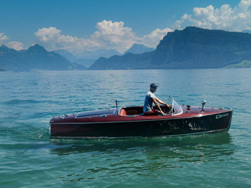 Chris Craft 1939 on Lake Lucerne